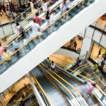 People-in-motion-in-escalators-at-the-modern-shopping-mall